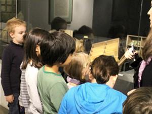 Groupes scolaires en visite libre © Musée des Plans-reliefs, G. Froger